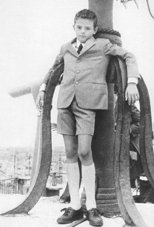 il dodicenne Ermanno Lavorini nel giorno della sua prima comunione