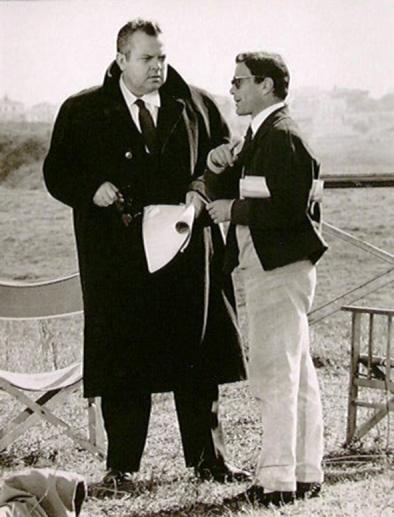 Pasolini con Orson Wells sul set del film La Ricotta