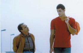 Una scena del film L'imbalsamatore (2002)  di Matteo Garrone, ispirato alla storia di Domenico Semeraro,  ucciso nel 1990