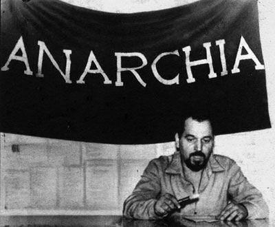 Pino pinelli ferroviere anarchico senti le rane che for Pino pinelli